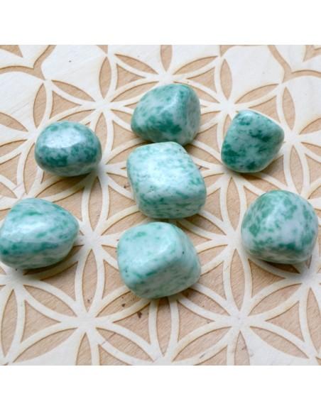 Jade verte naturelle AA - Pierre roulée - 10 à 20 gr