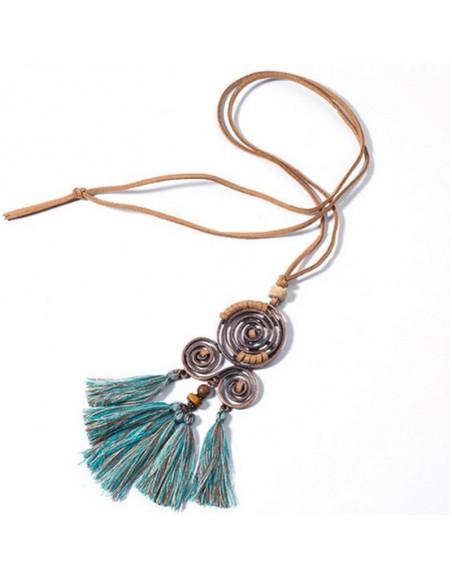Collier boho ethnique spirale et pompons